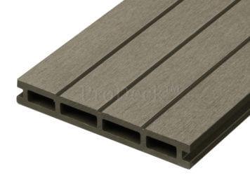 restpartij: Vlonderplank • composiet • vergrijsd bruin • extra brede ribbel • 21 mm dik • diverse lengtes • ca. 17,2 m2