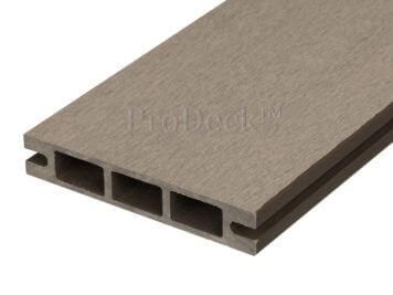 Stapelplank • raamplank • composiet • vergrijsd bruin • 179x14x2,5 cm • zelfbouwschutting